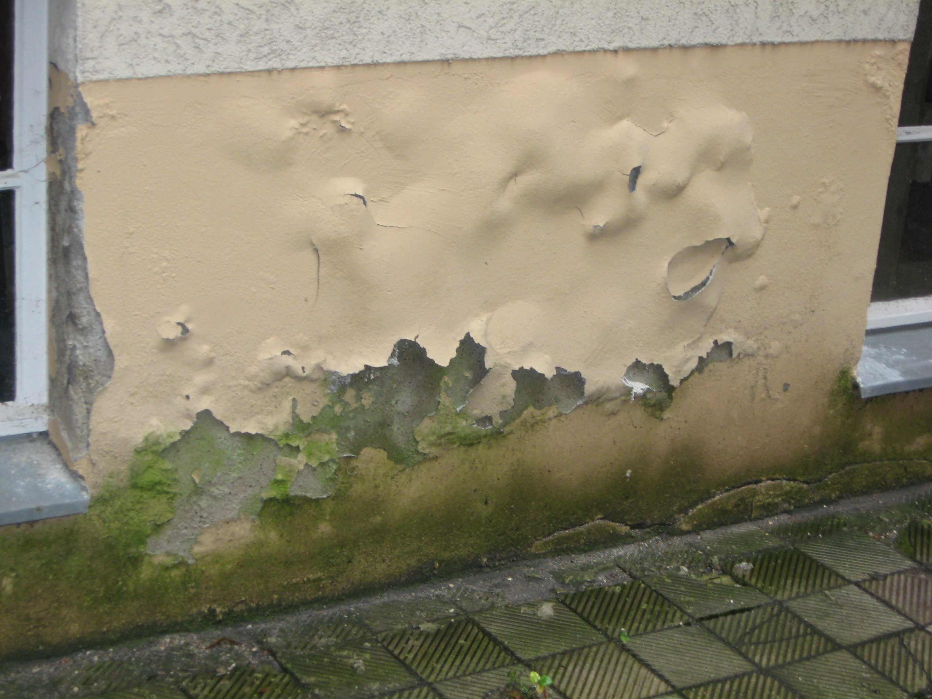 Humidité ascensionnelle d'un mur enflammé